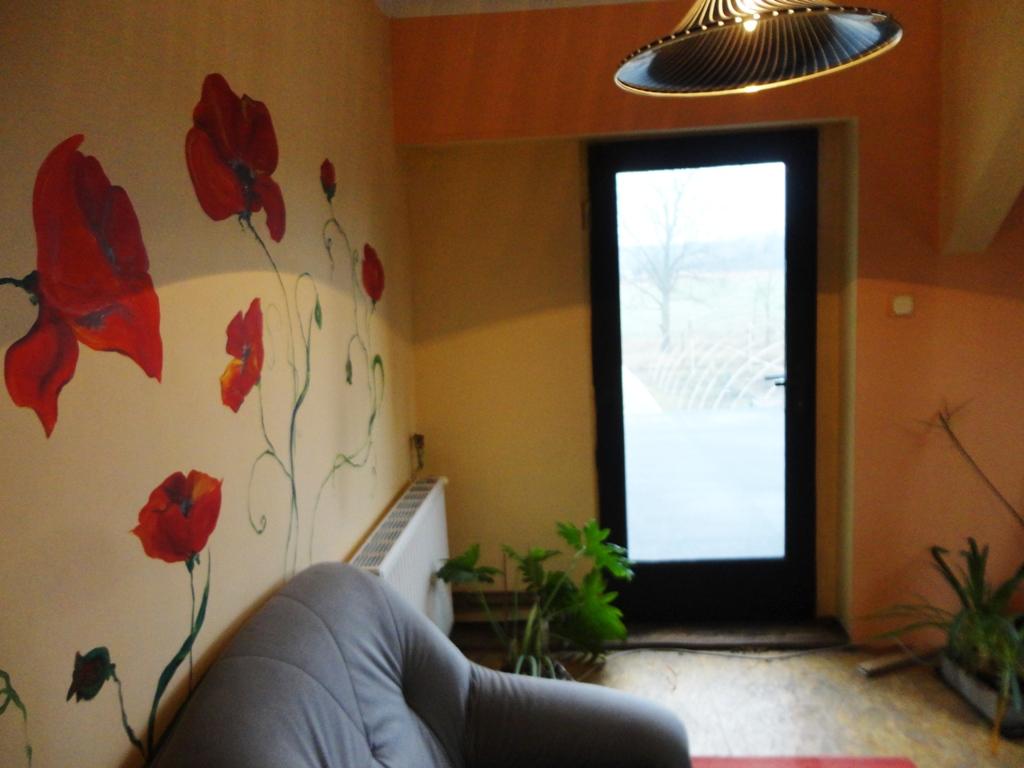 ProsperHome.pl - centrum nieruchomości: Dom ok. 18 km od Jelcza-Laskowic