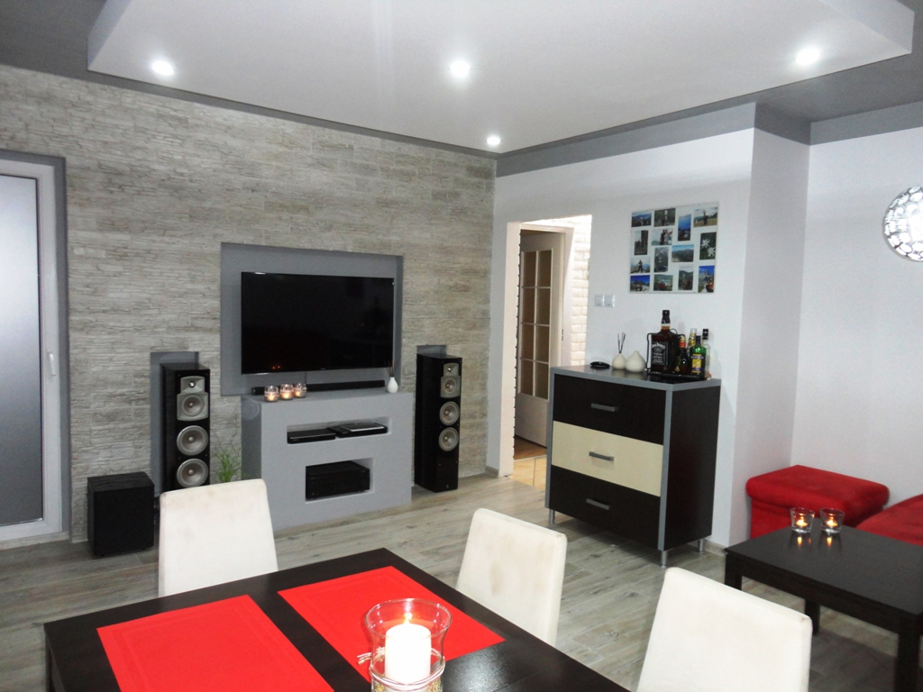 ProsperHome.pl - centrum nieruchomości:  Mieszkanie Jelcz-Laskowice   | Centrum - NA ZAMIANĘ